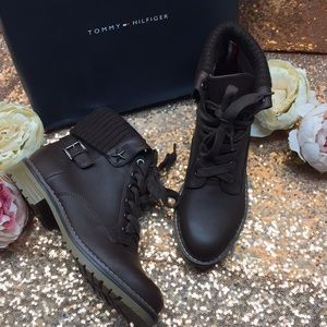 Tommy Hilfiger Brown Boots 8M
